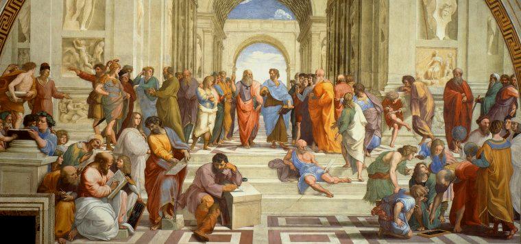 Allerede i oldtidens Athen (Hellas) hadde de demokratiske systemer med offentlige diskusjoner, domstoler med jury, m.m.