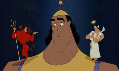 """Kronk (fra Disney's """"Et kongerike for en lama"""") vet ikke om han skal lytte til den gode eller onde engelen hans."""